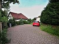 parkovací prostor - Želiv