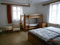 ložnice  C - chalupa k pronajmutí Nížkov