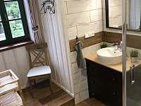 Koupelna v 1. patře - Růžená