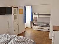ložnice 3 - chalupa k pronájmu Rozseč