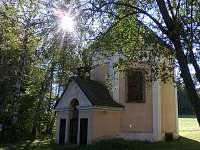 Kaple u sv. Karla - pronájem chalupy Telč - Lipky