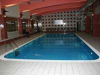 hotel Jezerka krytý bazén - Seč - Ústupky