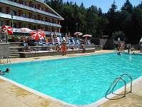 hotel Jezerka venkovní bazén