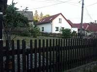 zahrádka před domem