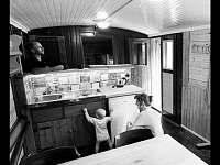 Smolův mlýn - společenská místnost s vybavenou kuchyňskou linkou