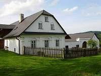 Chalupa k pronájmu - okolí Moravských Křížánek