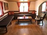 Obývací pokoj - chalupa ubytování Trhová Kamenice - Rohozná