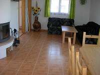 Obývací pokoj - chata ubytování Brtná