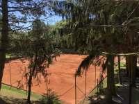 Kvalitní tenisové kurty v obci - Kojetice na Moravě