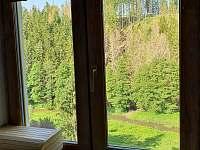 Chalupa Habří Výhled z kuchyňského okna do údolí - ubytování Moravecké Pavlovice - Habří
