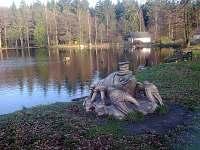 sochy v okolí - chalupa k pronajmutí Sázava