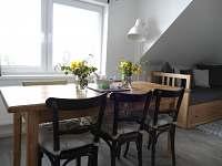 Apartmán 2 - jídelní kout