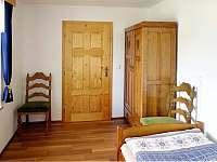 Ložnice 2 - chalupa k pronájmu Kameničky