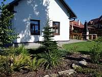 Zahrada - chalupa ubytování Kameničky