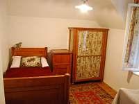 pokojík - vila k pronájmu Březiny