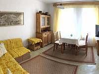 obývací pokoj - chalupa ubytování Hamry nad Sázavou
