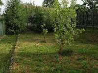 Zahrada - chalupa k pronajmutí Sázavka