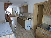 kuchyně+obývací část - chalupa ubytování Počátky