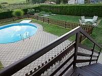 bazén s pískovou filtrací, průměr 5 m, hloubka 1,55m - chalupa ubytování Herálec