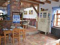 Pohled od kuchyňské linky - Meziklasí