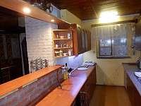 kuchyňka - chata k pronajmutí Polička