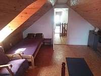 ložnice - Police u Jemnice
