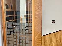 Uvolnit se můžete i v naší infrasauně - rekreační dům k pronajmutí Nové Město na Moravě