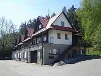 Chatky na horách - okolí Petrovic u Humpolce