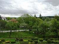 pohled z balkonu - chalupa ubytování Kamenice nad Lipou