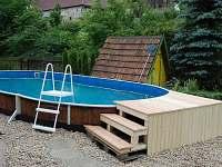 Bazén 7,3 x 3,7m  29m3, hloubka 1,05 metru