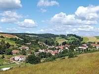 Letní pohled na Velké Janovice