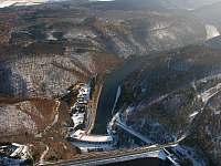 Dalešická přehrada - zima - pronájem chaty Kramolín