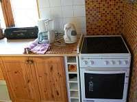 kuchyn - chata k pronájmu Červená Řečice