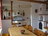 kuchyň - chalupa k pronájmu Dlouhé