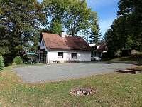soukromé hřiště u chaty