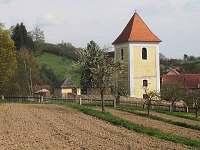 Kostel sv.Martina ze 13.století. - Věžná