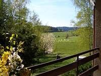 Pohled z terasy na západ