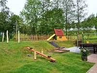 Dětské hřiště - ubytování Lidmaň