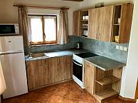 Kuchyňská linka - chata k pronajmutí Kramolín