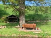 venkovní posezení - chalupa k pronajmutí Staré Bříště - Vlčí Hory