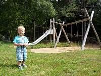 Dětské hřiště - chata k pronajmutí Tři Studně