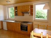 Kuchyňská linka - chata k pronájmu Tři Studně