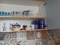 Vybavená kuchyň - chalupa k pronajmutí Rozsochatec