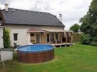 ubytování s bazéném na Vysočině