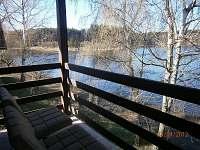 Jarní pohled z terasy - chata k pronájmu Opatov