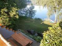 posezení s výhledem na rybník