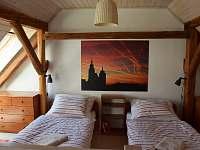 Podkroví - 2 postele a 2 přistýlky - Krasonice