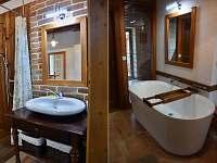 V koupelně je vana pro dva - Krasonice