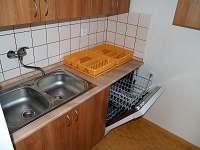 Kuchyně 2 - chalupa ubytování Petrovice