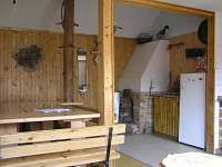 altán s krbem, kuchyňkou a posezením
